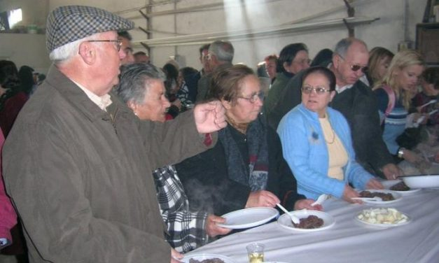 Hernán Pérez celebrará el domingo la XXI edición de la popular cata de vinos de pitarra