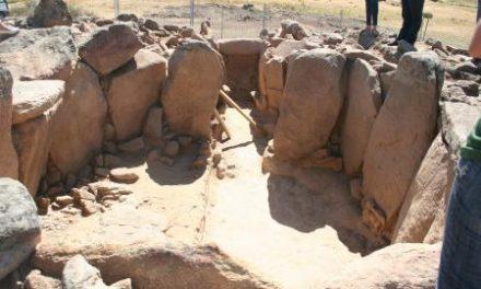El dolmen Neólitico de Jaraíz de la Vera recientemente excavado permanecerá abierto a las visitas