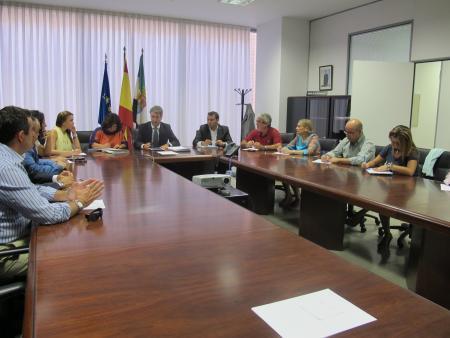 El Gobierno de Extremadura presenta a los comerciantes el Plan de Estímulo para el Comercio Minorista