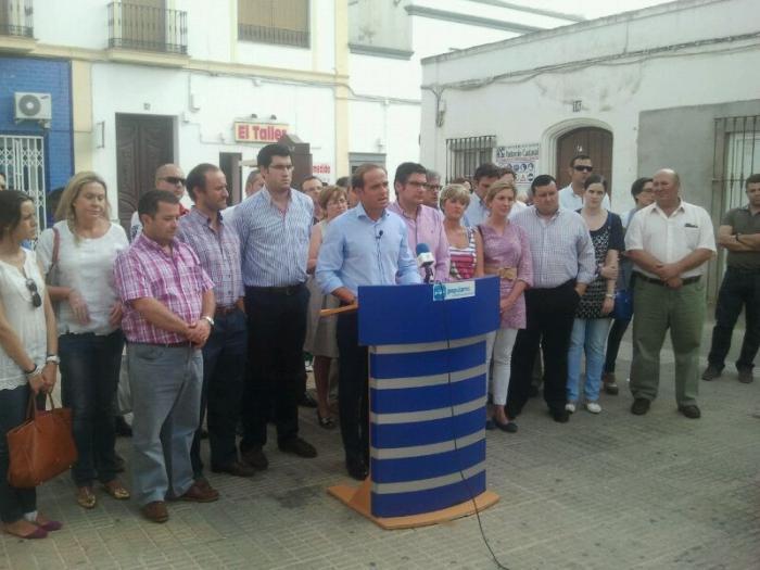 El PP de Extremadura condena el atentado sufrido en la sede de los populares en Villafranca de los Barros