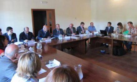 Monago destaca el desarrollo sostenible para impulsar proyectos en Monfragüe entre los emprendedores