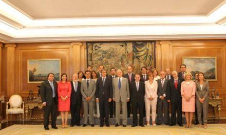 La alcaldesa de Cáceres participa en una audiencia con el Rey como miembro de la Junta de la FEMP