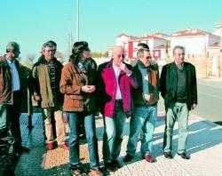 Los vecinos de la zona de Ciudad Jardín, en Plasencia, denuncia actos vandálicos y falta de limpieza