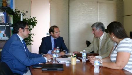 El Gobierno extremeño muestra su apoyo institucional al trabajo de la Fundación Sahara Occidental