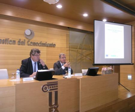 Investigadores de la región desarrollan un proyecto para mejorar la competitividad de las empresas corcheras