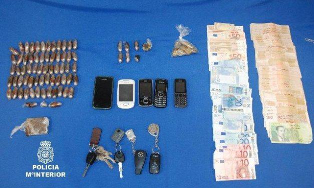 La Policía Nacional detiene a cinco personas en Mérida acusadas de traficar con estupefacientes