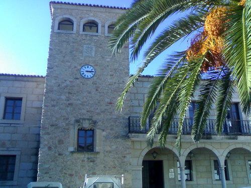 Elisa Cruz Parejo inaugura este lunes la nueva oficina de turismo de Coria  ubicada en la Plaza de San Pedro