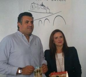 Coria estrena las nuevas dependencias de la oficina de Turismo ubicada en la plaza de San Pedro