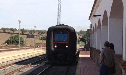 Pablo Carrilho valora positivamente la puesta en marcha de la línea Madrid-Valencia de Alcántara