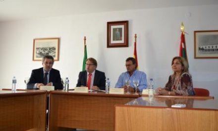Víctor Del Moral resalta en Vegaviana que la mejor garantía para mantener el patrimonio es su uso