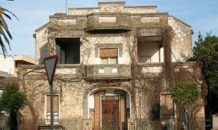 La demolición de la casa de la poetisa Pureza Canelo genera sorpresa y asombro entre los vecinos de Moraleja