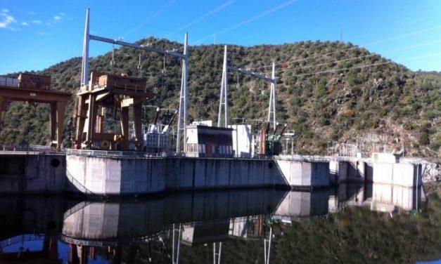 El PSOE diseñó un puente  sobre el río Sever para unir Cedillo y Portugal sin carreteras de acceso