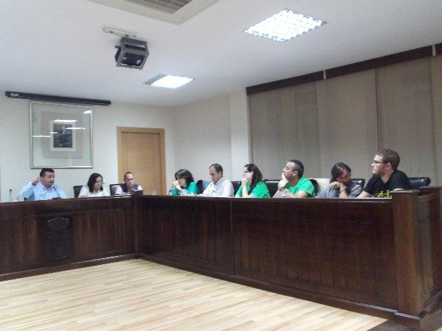 La permuta de unos terrenos en Moraleja genera un tenso debate en el pleno con acusaciones e insultos