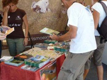 Adicomt promociona en Portugal los recursos del turismo ornitológico de la comarca cacereña