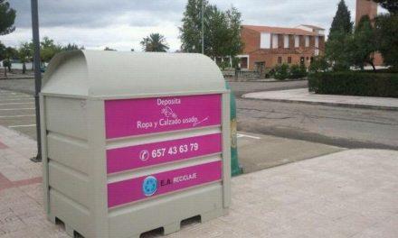 Coria y sus dos pedanías disponen de trece contenedores para depositar ropa y calzado usado