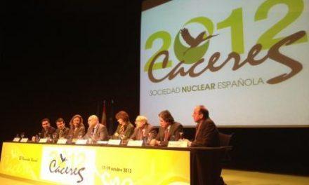 Echávarri valora el papel de la energía nuclear como respaldo para poder cambiar el modelo energético