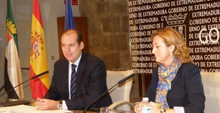 La ministra de Sanidad inaugurará el día 29 en Cáceres el Encuentro Nacional de Casas de Acogida