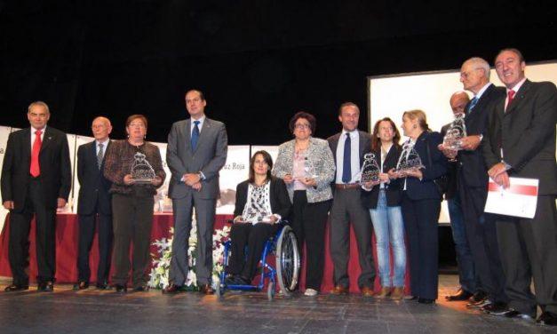 Cruz Roja Española en Extremadura concede los Premios Humanidad en una gala en Almendralejo