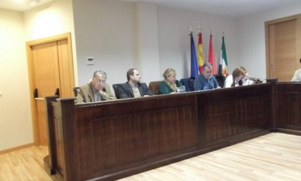Balbina Arroyo pide la dimisión de Roca y Chaparro tras el archivo de la querella por prevaricación