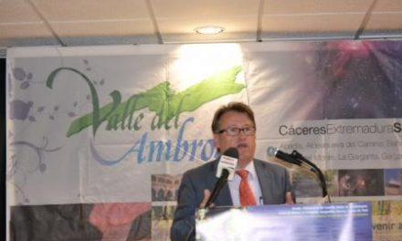 Víctor del Moral inaugura la XV edición del Otoño Mágico del Valle del Ambroz, fiesta de interés turístico