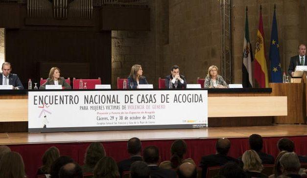 Las comunidades autónomas dan en Cáceres los primeros pasos para crear la Red Nacional de Casas de Acogida