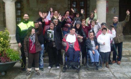 Discapacitados de Coria, Moraleja, Puebla de Argeme y Rincón del Obispo reciben clases de seguridad vial
