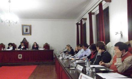El pleno de Coria aprueba por unanimidad un nuevo convenio colectivo para los trabajadores municipales