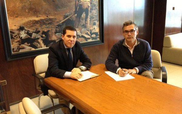 Carrilho y Nevado-Batalla buscan soluciones para mantener la señal de televisión en la Campiña