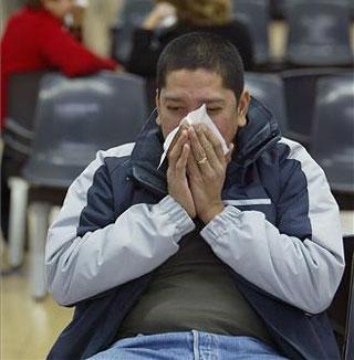 """El SES admite retrasos """"puntuales"""" en el servicio de Atención Primaria por el alza de la gripe en las últimos días"""
