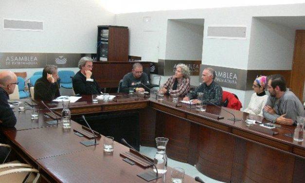 IUV-SIEX se compromete a presentar iniciativas parlamentarias contra las térmicas en Extremadura