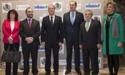 Monago expresa su confianza en la investigación como nuevo sector de crecimiento en la región