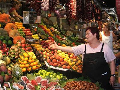 La fiscalía solicita 11 años de prisión para dos personas que estafaron a más de 80 empresas de venta de fruta