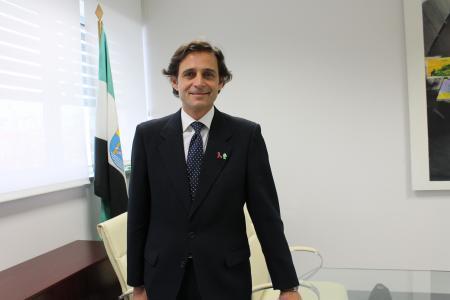 """Joaquín García asume la gerencia del SES para continuar con la """"magnífica"""" gestión de su predecesor"""