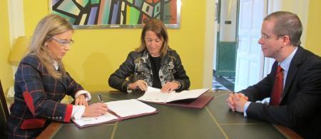 El Ayuntamiento de Cáceres firma un convenio con el Gobierno regional sobre la formación a desempleados
