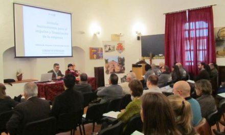 Una treintena de empresas asiste en Valencia de Alcántara al encuentro sobre la financiación de la empresa