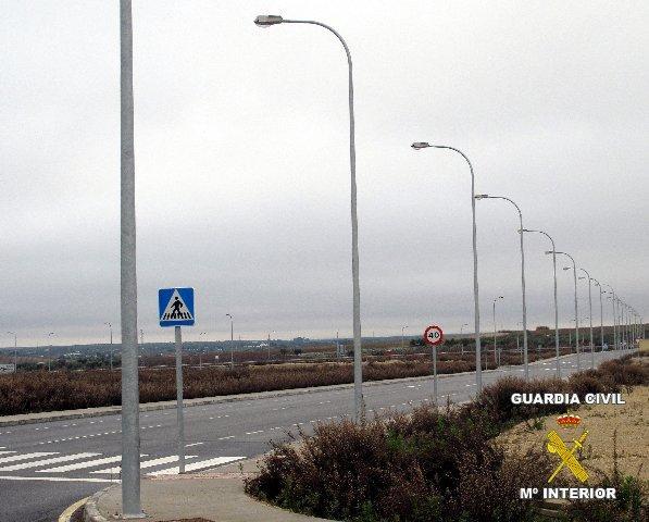 Tres imputados por la sustracción del tendido eléctrico del alumbrado del polígono de Villafranca