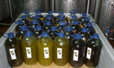 El Centro de Investigación la Orden dona un lote de alimentos para comedores sociales de Badajoz