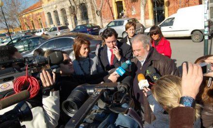 El PP denuncia que más de 113 millones del AVE de Extremadura se han desplazado a Cataluña