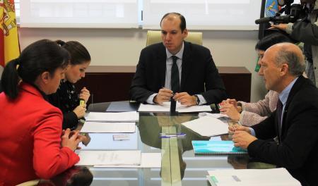 """Carrón afirma que el Gobierno quiere la Renta Básica """"cuanto antes"""" y el consenso agiliza los trámites"""