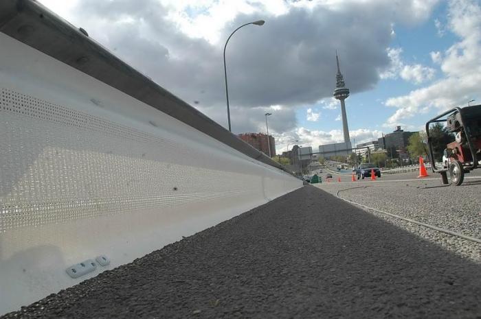 Extremadura es pionera en la instalación de protección para motoristas en carreteras, según la Junta