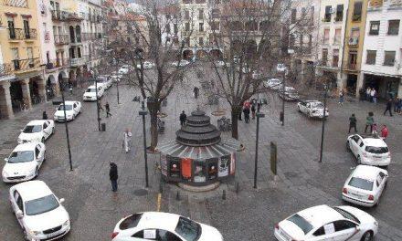 UPEx presentará una moción en el pleno de Plasencia para solicitar una parada estable de taxis en la plaza Mayor
