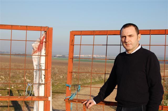 Campo Lugar recaba apoyos para impedir que se instale el cementerio de residuos en su término municipal