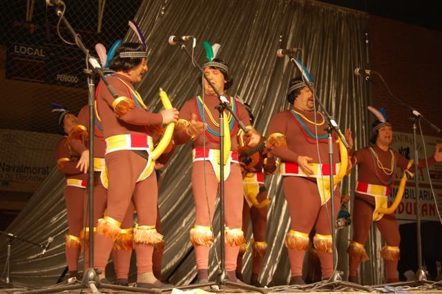 """La peña """"Faratabailes"""" gana por tercer año consecutivo el concurso de murgas y chirigotas de Navalmoral"""