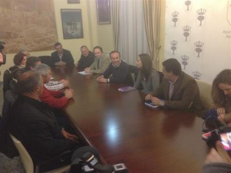 El SEXPE planificará la oferta de empleo para las próximas campañas agrarias de Almendralejo