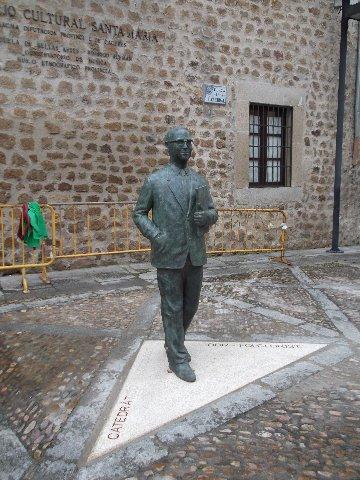 La inauguración de la escultura de García Matos en Plasencia cierra los actos del centenario de su nacimiento