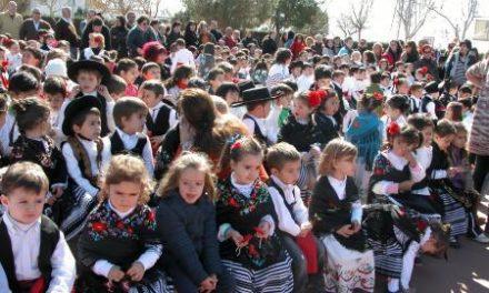 El colegio público Padre Manjón de Montijo celebra los actos regionales del Día Escolar de Extremadura