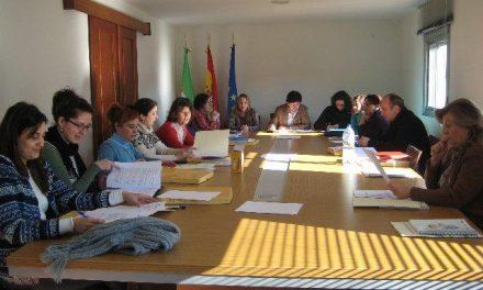 Sierra de San Pedro aprueba un protocolo para atender a familias en situación de emergencia social