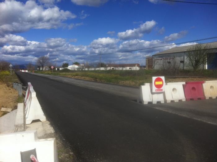 Diputación de Cáceres anuncia la conclusión inminente de las obras de la carretera de La Moheda