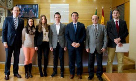 El consejero Hernández Carrón anuncia la elaboración del I Plan Marco de Consumo en Extremadura