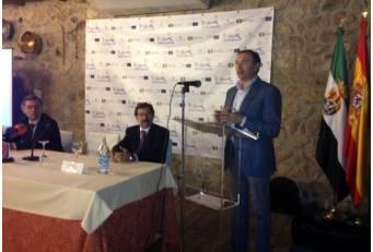 El presidente de la Diputación de Cáceres aboga por el desarrollo del proyecto Tæjo Internacional